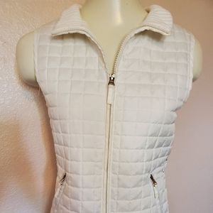 🌼2 for $20 NWOT For Cynthia Quilted Puffer Vest